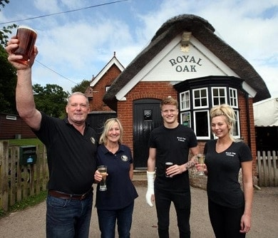 The Royal Oak in Fritham named pub of the year by south Hampshire CAMRA