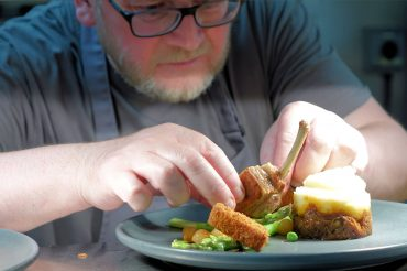 Bell Inn head chef to swap the kitchen for the field